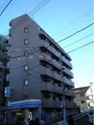 サイプレス北新宿の外観