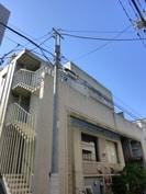 小川ビルの外観