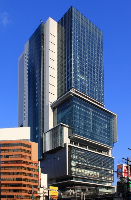 渋谷ヒカリエ(ショッピングセンター/アウトレットモール)まで650m