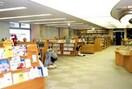 立川中央図書館(図書館)まで350m