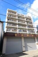 東京畳材ビルの外観