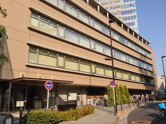 渋谷区立中央図書館(図書館)まで450m