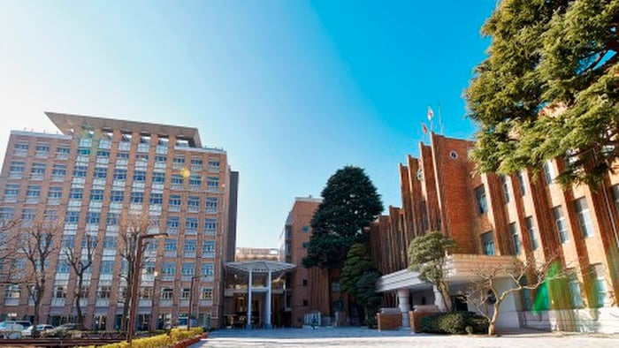 拓殖大学(大学/短大/専門学校)まで1313m