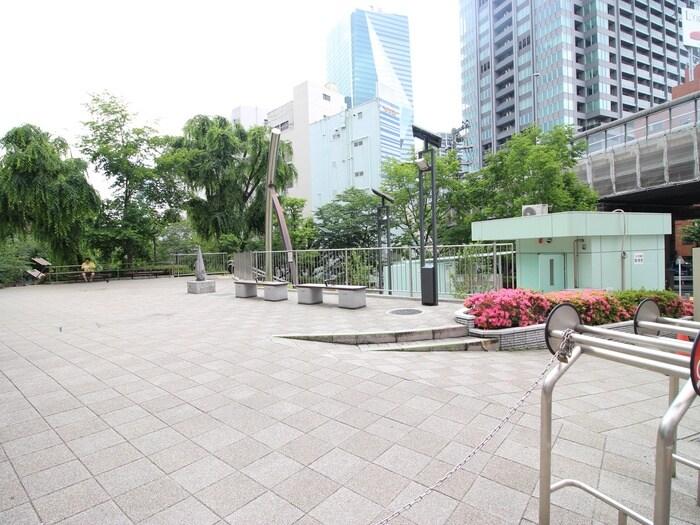 港区立三河台公園(公園)まで59m