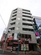 新宿ヤマトビルの外観