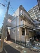 錦グリ-ンハイツ1号館の外観