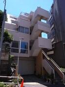 菊地ビルの外観