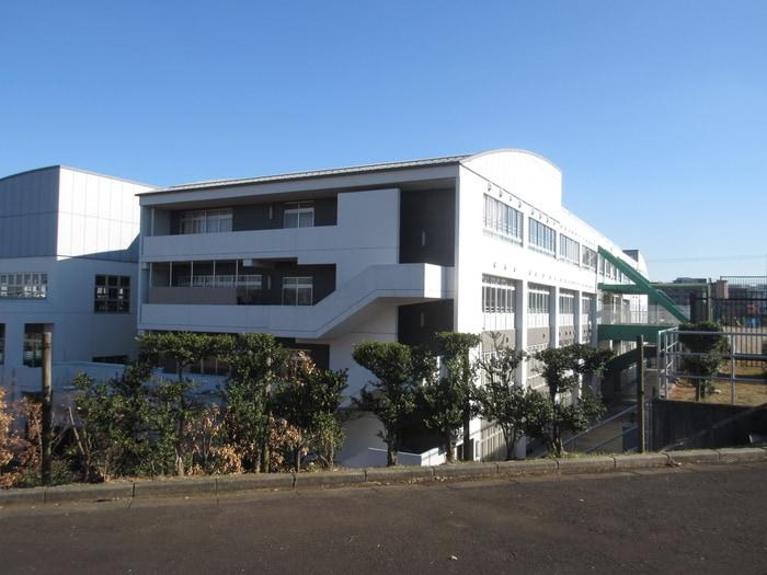 川崎市立土橋小学校(小学校)まで364m