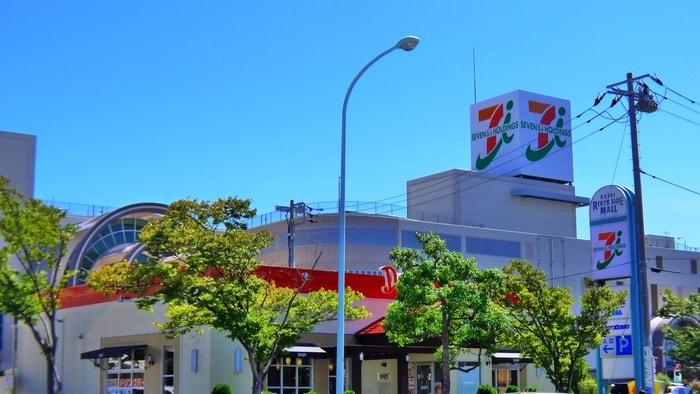 アリオ葛西(ショッピングセンター/アウトレットモール)まで898m