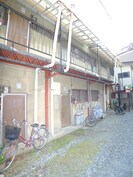 石井荘の外観