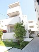 リベルテ横濱の外観