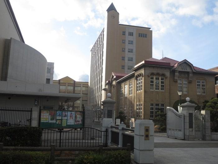 樟蔭学園大阪樟蔭女子大学(大学/短大/専門学校)まで701m