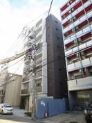 イ-ストコア新大阪の外観