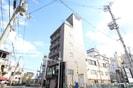 小阪駅前ヴィラ・デステの外観