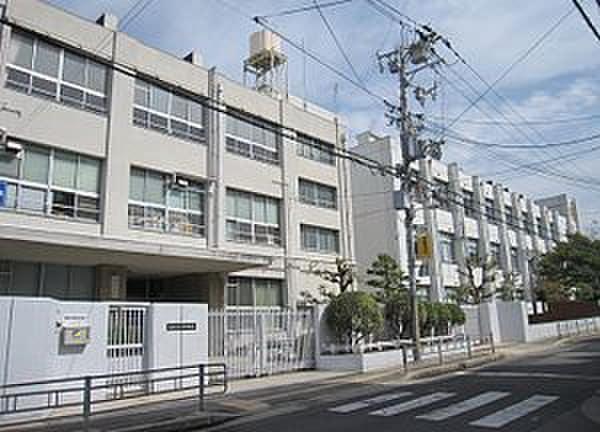 大阪市立加賀屋中学校(中学校/中等教育学校)まで800m