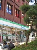 ファミリーマート 鶴橋駅前店(コンビニ)まで222m