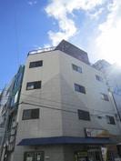 プチ・ニ-ド堀江通りの外観