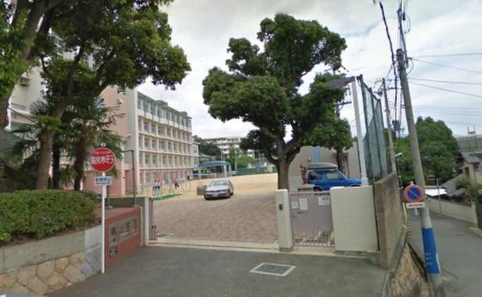 池田小学校(小学校)まで450m