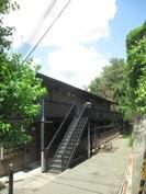 中山手ガーデンパレス D棟の外観
