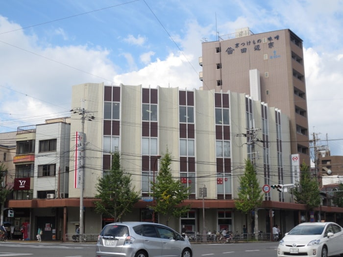 三菱東京UFJ銀行(銀行)まで290m