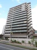 プレサンスジェネ新神戸ステーションフロントの外観