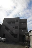 梅町マンションの外観