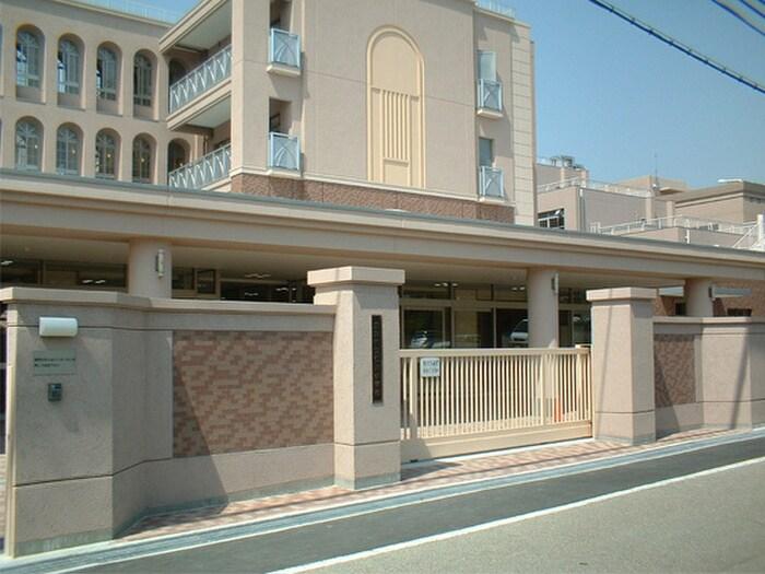 仁川小学校(小学校)まで302m