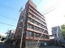 塚本駅前ト-エ-ビルの外観