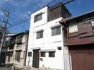 栄本町貸家の外観