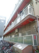 ト-エ-第四ビルの外観