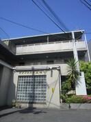 サンフェスタ東福寺 A棟の外観