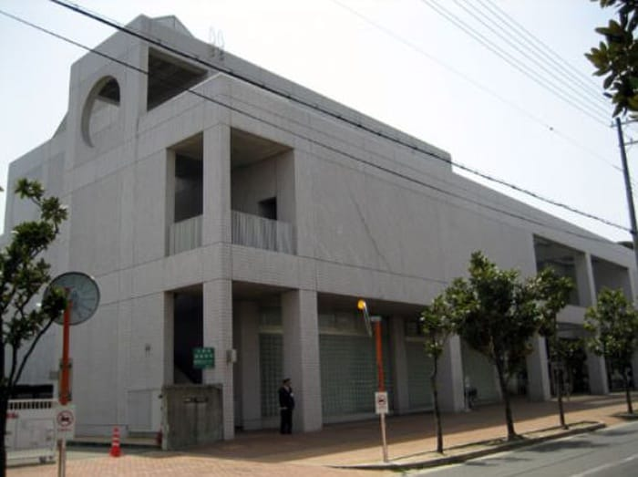 市立 図書館 西宮