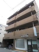 北畠西清川ビルの外観