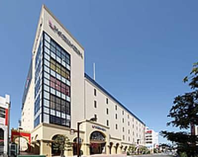 京阪百貨店(デパート)まで421m