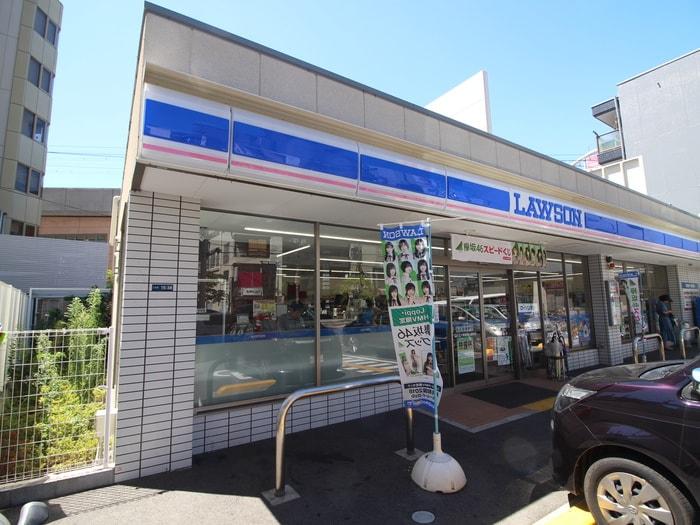 ローソン寝屋川八坂町店(コンビニ)まで400m