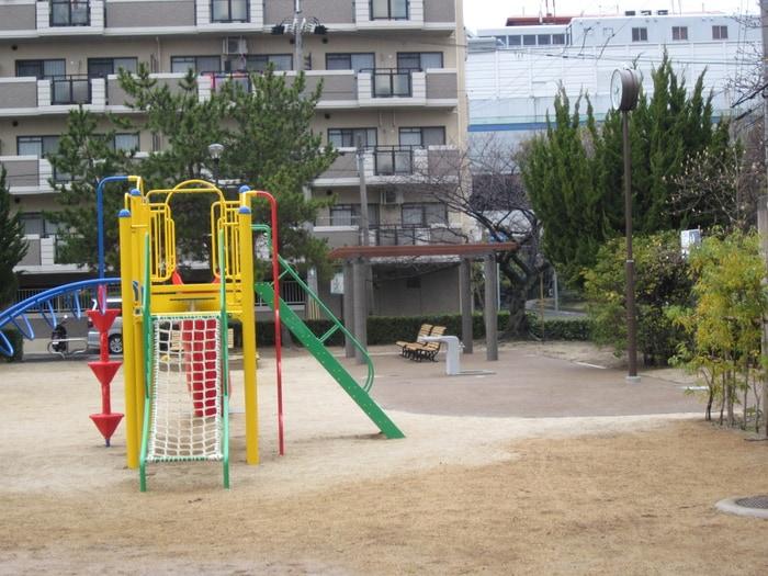 南宮公園(公園)まで60m