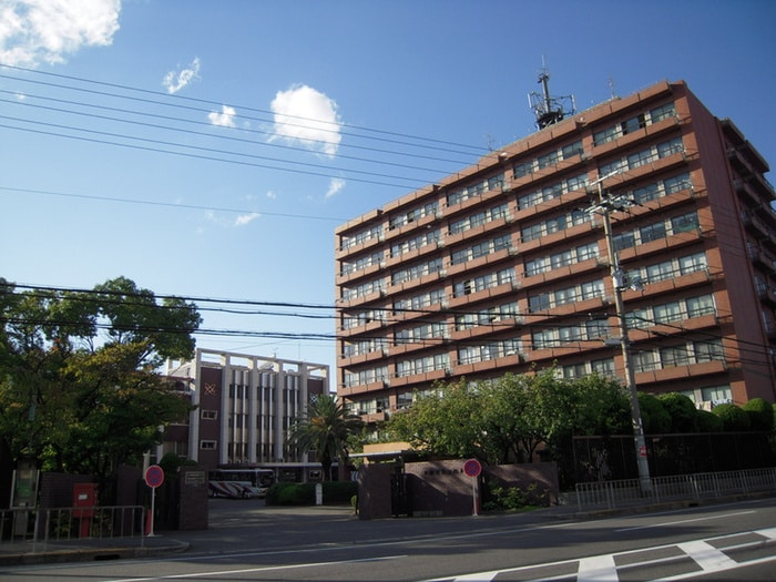 大阪電気通信大学(大学/短大/専門学校)まで800m