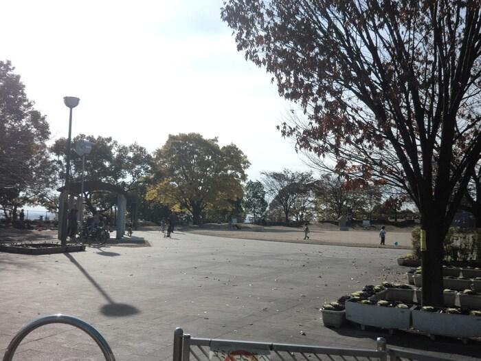 東石切公園(公園)まで350m