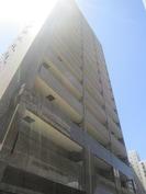 リ-ガル神戸三宮(1001)の外観