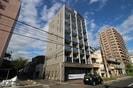 ト-シン昭和町ビルの外観