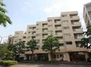 京福修学院第1マンションの外観