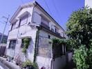 瓦林4戸1貸家の外観