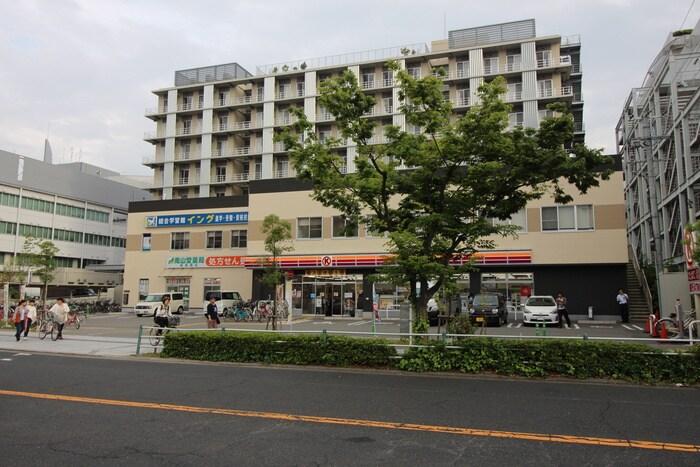 サークルKサンクス(コンビニ)まで327m