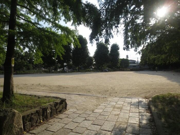 大井戸公園(公園)まで727m