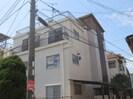 シャトーヤスミマンションA棟の外観