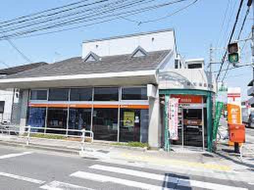 神戸高津橋郵便局(郵便局)まで1000m