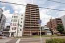 シ-アイマンション平安通(1302)の外観
