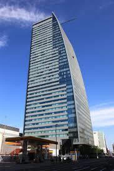 ルーセントタワー(その他飲食(ファミレスなど))まで513m
