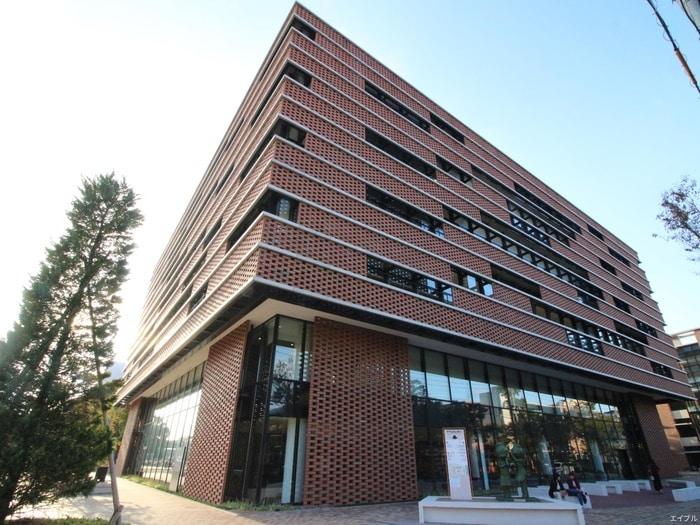 西南学院大学(大学/短大/専門学校)まで560m