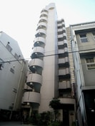大阪メトロ御堂筋線/心斎橋駅 徒歩10分 3階 築25年の外観